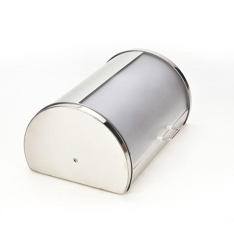Хлебница Mayer & Boch, 38 см х 26 см х 19 см21219Классическая хлебница Mayer & Boch, изготовленная из нержавеющей стали и пластика, поможет надолго сохранить ваш хлеб свежим. Изделие снабжено удобной крышкой, которая благодаря своему весу плотно прилегает к основанию. Хлебница имеет компактные размеры, поэтому не займет много места на вашей кухне. Стильный дизайн, эстетичность и функциональность сделают хлебницу превосходным аксессуаром на вашей кухне.