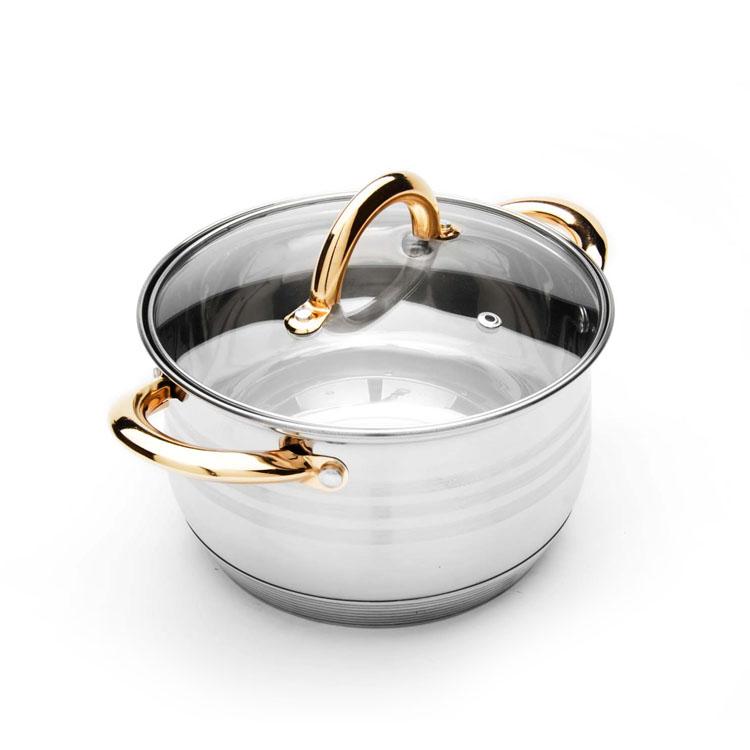 Кастрюля Mayer & Boch с крышкой, 6,3 л. 2403824038Кастрюля Mayer & Boch изготовлена из высококачественной нержавеющей стали. Комбинация матовой и зеркальной полировки внешнего покрытия придает изделию особо эстетичный вид. Внутренняя гладкая поверхность легко чистится - можно мыть в воде руками или протирать полотенцем. Кастрюля имеет многослойное термоаккумулирующее дно с прослойкой из алюминия, которое обеспечивает наилучшее распределение тепла. Прозрачная крышка, выполненная из термостойкого стекла, позволяет следить за процессом приготовления пищи. Ручки из нержавеющей стали надежно крепятся к корпусу, а их золотой цвет выигрышно подчеркивает неповторимый дизайн. Подходит для всех типов плит, включая индукционные. Можно мыть в посудомоечной машине. Диаметр: 24 см. Высота стенки: 15 см. Ширина (с учетом ручек): 34 см. Толщина стенки: 0,5 мм. Толщина дна: 4 мм.