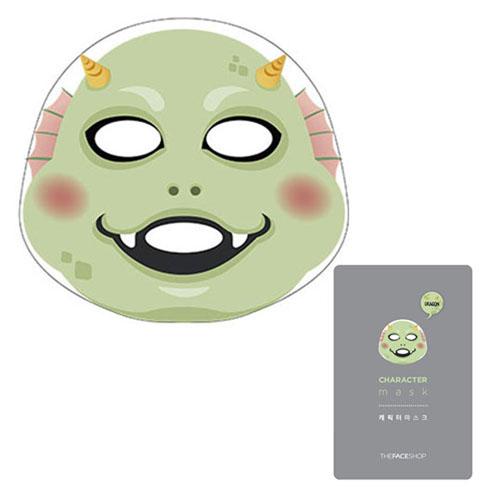 The Face Shop Тканевая маска для лица (Дракон) CHARACTER, 20 гУТ000001556Маска содержит витаминный комплекс, экстракт фасоли маш, экстракт околоцветника, гиалуроновая кислота, морской коллаген и т.д.Гиалуроновая кислота – полисахарид, входящий в состав клеточного вещества соединительной ткани. Природный гелеобразователь. Важный структурный элемент кожи. Благодаря высокой гидрофильности способствует поддержанию нормального водного баланса в клетках кожи, создает внутренний объем тканей. Улучшает рельеф кожи, предупреждает и замедляет старение кожи, разглаживает морщины, эффективно увлажняют и защищают кожу, предотвращает формирование рубцов. Обладает противовирусным, бактерицидным, ранозаживляющим действием. В сочетании с другими биологическими активными компонентами действует в синергизме, усиливая их активность. Экстракт фасоли чрезвычайно богат природными фитоэстрогенами, благодаря чему, этот экстракт запускает важнейшие процессы: активизирует клеточные ферменты и увеличивает скорость деления клеток. Является мощными антиоксидантам. Укрепляет стенки...