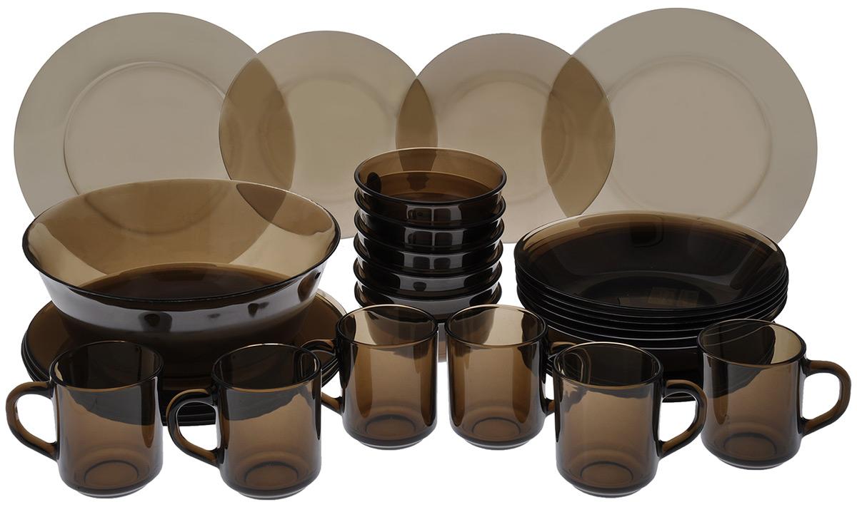 Набор столовый Luminarc Directoire Eclipse, 31 предметH0242Столовый набор Luminarc Directoire Eclipse состоит из 6 суповых тарелок, 6 обеденных тарелок, 6 десертных тарелок, 6 маленьких салатников, 1 большого салатника и 6 чашек. Изделия выполнены из ударопрочного стекла кофейного оттенка, имеют классическую круглую форму. Посуда отличается прочностью, гигиеничностью и долгим сроком службы, она устойчива к появлению царапин и резким перепадам температур. Такой набор прекрасно подойдет как для повседневного использования, так и для праздников или особенных случаев. Столовый набор Luminarc - это не только яркий и полезный подарок для родных и близких, это также великолепное дизайнерское решение для вашей кухни или столовой. Изделия можно мыть в посудомоечной машине и использовать в СВЧ-печи. Диаметр суповой тарелки: 20,5 см. Диаметр обеденной тарелки: 24,5 см. Диаметр десертной тарелки: 19,5 см. Диаметр малого салатника: 12 см. Высота стенки малого салатника: 5 см. ...