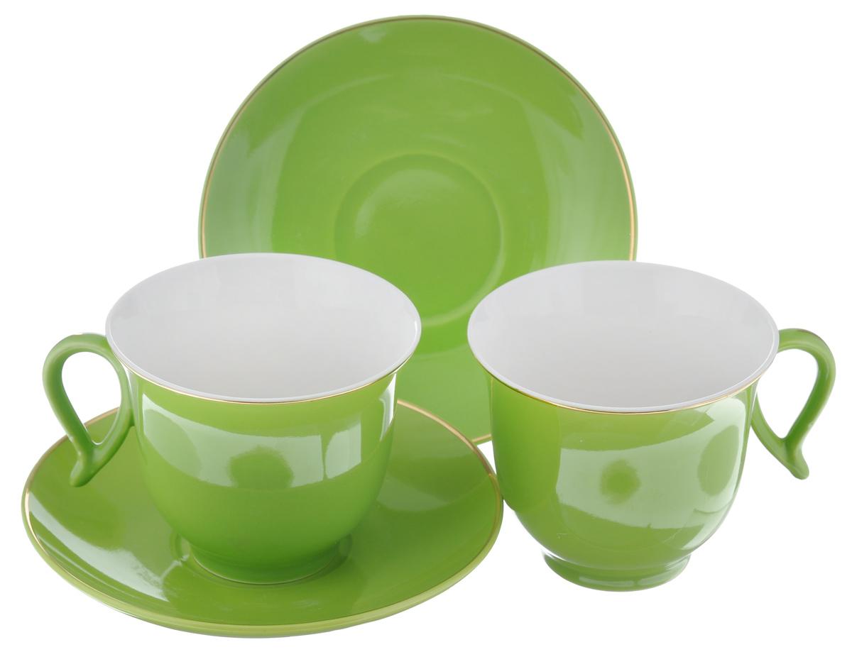 Набор чайный Loraine, цвет: зеленый, белый, 4 предмета. 2474824748Набор Loraine выполнен из высококачественного фарфора. Изящный дизайн и красочность оформления придутся по вкусу и ценителям классики, и тем, кто предпочитает утонченность и изысканность. Чайный набор - идеальный и необходимый подарок для вашего дома и для ваших друзей в праздники, юбилеи и торжества! Он также станет отличным корпоративным подарком и украшением любой кухни. Чайный набор упакован в подарочную коробку из плотного цветного картона. Внутренняя часть коробки задрапирована белым атласом. Объем чашки: 220 мл. Диаметр чашки (по верхнему краю): 9,5 см. Высота чашки: 7,5 см. Диаметр блюдца: 14 см. Высота блюдца: 2,5 см.