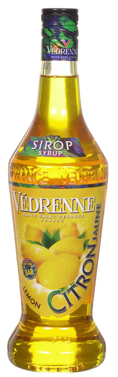 Vedrenne Лимон сироп, 0,7 лSVDRCJ-070B01Сироп Лимон — это популярное лакомство, которое используют кулинары и баристы со всего мира. Такой продукт прекрасно сочетается со многими напитками, так что его можно добавлять в кофе, холодный чай, газированную воду, компоты, а также применять для приготовления слоистых коктейлей (алкогольных или безалкогольных). Сироп Лимон используется хозяйками и для украшения выпечки — например: тортов, кексов, пирожных и пудингов. Сиропы изготавливаются на основе натурального растительного сырья, фруктовых и ягодных соков прямого отжима, цитрусовых настоев, а также с использованием очищенной воды без вредных примесей, что позволяет выдержать все ценные и полезные свойства натуральных фруктово-ягодных плодов и трав. В состав сиропов входит только натуральный сахар, произведенный по традиционной технологии из сахарозы. Благодаря высокому содержанию концентрированного фруктового сока сиропы Vedrenne обладают изысканным ароматом и натуральным вкусом, являются эффективным...