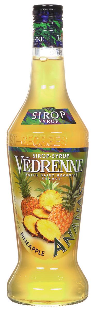 Vedrenne Ананас сироп, 0,7 лSVDRAP-070B01Сироп Ананас — это аппетитная вкусовая добавка, которая придаст Вашему любимому лакомству яркие оттенки экзотического фрукта. Ананасовый сироп является излюбленным продуктом многих хозяек, ведь он часто используется при приготовлении различных видов выпечки, которую делает особенно вкусной. Кроме того, сироп Ананас нередко применяется для украшения мороженого, добавляется в кофе, холодный чай, коктейли, компоты и лимонад. Для приготовления сиропа Ананас используются фруктовая мякоть, сахарный сироп и вода, которые смешиваются в определенных пропорциях, но, конечно, главную роль, при формировании соблазнительного букета вкусовой добавки, играет сам ананас. Из его сочных плодов выжимается сок, который в компании сладкой приправы и кристально чистой воды проходит бережную обработку, постепенно превращаясь в аппетитный десерт с приятной тягучей структурой. Сиропы изготавливаются на основе натурального растительного сырья, фруктовых и ягодных соков прямого...