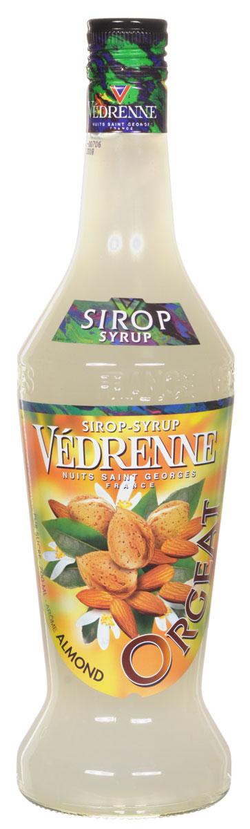 Vedrenne Миндаль сироп, 0,7 лSVDROR-070B01Сироп Миндаль - это великолепный сладкий напиток и достойное дополнение к кофе! Сиропы изготавливаются на основе натурального растительного сырья, фруктовых и ягодных соков прямого отжима, цитрусовых настоев, а также с использованием очищенной воды без вредных примесей, что позволяет выдержать все ценные и полезные свойства натуральных фруктово-ягодных плодов и трав. В состав сиропов входит только натуральный сахар, произведенный по традиционной технологии из сахарозы. Благодаря высокому содержанию концентрированного фруктового сока, сиропы Vedrenne обладают изысканным ароматом и натуральным вкусом, являются эффективным подсластителем при незначительной калорийности. Они оптимизируют уровень влажности и процесс кристаллизации десертов, хорошо смешиваются с другими ингредиентами и способствуют улучшению вкусовых качеств напитков и десертов. Сиропы Vedrenne разливаются в стеклянные бутылки с яркими этикетками, на которых изображен фрукт, ягода...