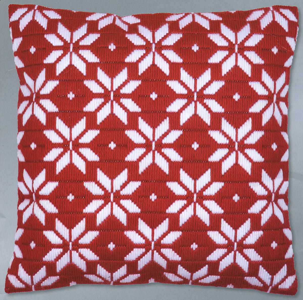Набор для вышивания подушки Vervaco Норвежские звезды, 40 см х 40 см7712276Набор для вышивания Vervaco Норвежские звезды поможет вам создать свой личный шедевр - красивую декоративную подушку, вышитую на канве. Вышивание отвлечет вас от повседневных забот и превратится в увлекательное занятие! Работа, сделанная своими руками, создаст особый уют и атмосферу в доме и долгие годы будет радовать вас и ваших близких, а подарок, выполненный собственноручно, станет самым ценным для друзей и знакомых. В состав набора входит: - страмин с нанесенным рисунком (100% хлопок), - толстая пряжа (100% акрил), - игла, - инструкция на русском языке. Размер страмина: 49 см х 44 см. Техника вышивания - отдельные стежки Bargello. Обратная сторона подушки и наполнитель в комплект не входят.