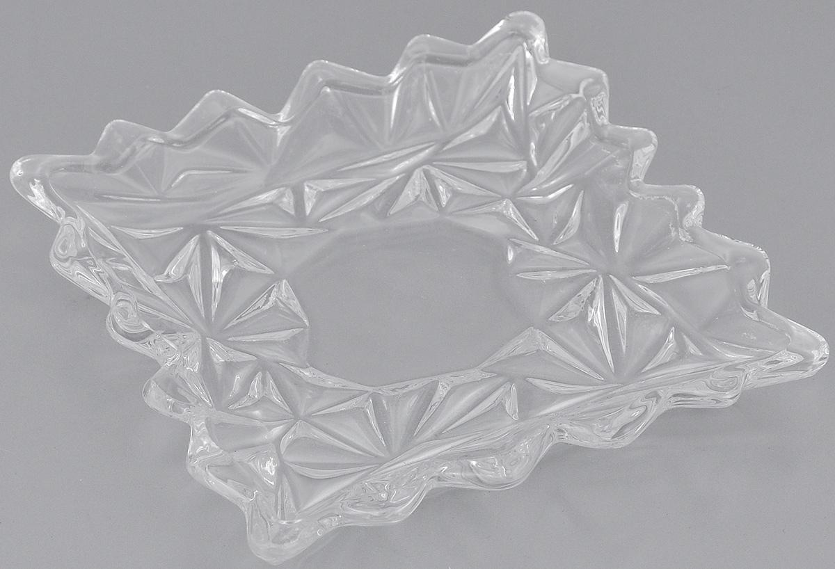 Блюдо Elan Gallery Узоры, 11,5 см х 11,5 см890091Блюдо Elan Gallery Узоры, изготовленное из стекла, сочетает в себе изысканный дизайн с максимальной функциональностью. Красочность оформления придется по вкусу тем, кто предпочитает утонченность и изящность. Оригинальное блюдо украсит сервировку вашего стола и подчеркнет прекрасный вкус хозяйки, а также станет отличным подарком. Размер блюда (по верхнему краю): 11,5 см х 11,5 см. Высота: 1,8 см.