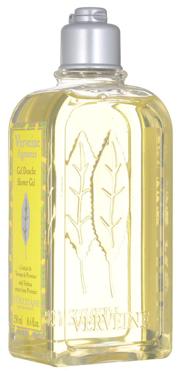 LOccitane Гель для ванн и душа Вербена-Цитрус, 250 мл373408_Гель для ванн и душа Вербена-Цитрус с ярким освежающим ароматом нравится и мужчинам, и женщинам. Цитрусовый аромат вербены от LOccitane заключён в пластиковый небьющийся флакон. В состав геля входят эфирные масла вербены, апельсина, герани и лимона, которые смягчают и питают даже самую чувствительную кожу, а также наполняют ванную комнату дивным бодрящим ароматом. Товар сертифицирован.