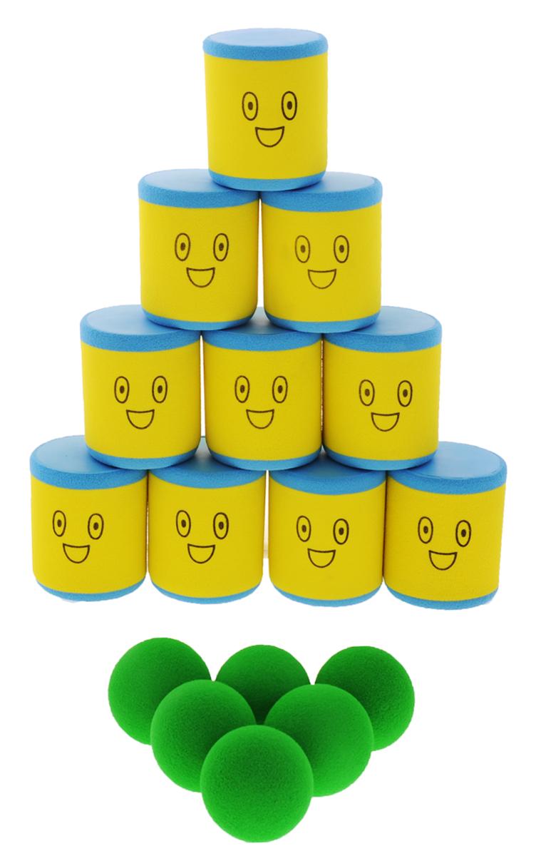 Safsof Игровой набор Городки цвет желтый голубой зеленыйAT-01N(B)_желтый, голубой, зеленыйИгровой набор Safsof Городки, изготовленный из вспененного полимера, состоит из десяти ярких банок и шести мячиков. Цель игры: выбить как можно больше фигур, построенных из трех и более городков (банок), мячами с определенного расстояния. Каждый участник сбивает фигуру с одного и того же расстояния, на каждую фигуру дается три броска. Если игроку удается сбить фигуру с первого броска, он получает 3 балла, со второго - 2 и с третьего - 1. Выигрывает тот участник, который набирает большее количество баллов. Благодаря яркой расцветке и легкому и безопасному материалу, с этим набором можно играть не только на улице, но и дома. Набор поставляется в удобной пластиковой сумке с ручками.