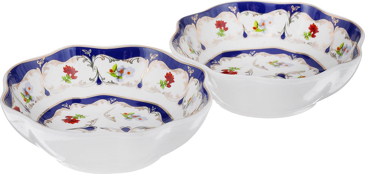 Розетка для варенья Elan Gallery Цветочек, 100 мл, 2 шт503885Красивые вместительные розетки Elan Gallery Цветочек изготовлены из высококачественной керамики и украшены ярким изображением. Изделия отлично подойдут для подачи на стол не только сладких лакомств, но и орехов, оливок, каперсов, корнишонов и соусов. Такие розетки украсят ваш праздничный или обеденный стол, а яркое оформление понравится любой хозяйке. Диаметр (по верхнему краю): 10 см. Высота: 3,5 см. Объем: 100 мл.