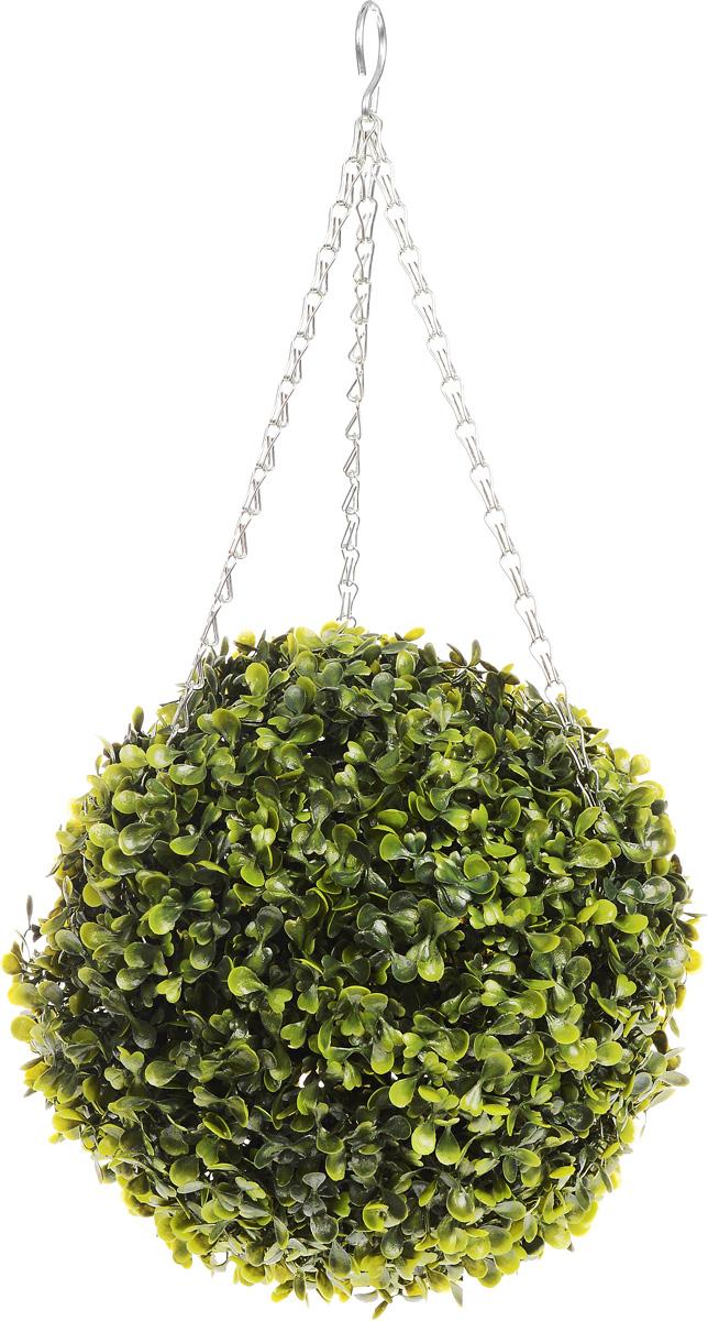 Искусственное растение Gardman Topiary Ball, с лампочками, цвет: зеленый, диаметр 26 см02825XSИскусственное растение Gardman Topiary Ball выполнено из пластика в виде шара. К растению прикреплены три цепочки с крючком, за который его можно повесить в любое место. Также растение можно поместить в горшок. Изделие украшено гирляндой с 20 светодиодными лампочками. Пуль управление питается от 3 батареек типа АА (не входят в комплект). Растение устойчиво к воздействиям внешней среды, таким как влажность, солнце, перепады температуры, не выцветает со временем. Искусственное растение Gardman Topiary Ball великолепно украсит интерьер офиса, дома или сада. Диаметр шара: 26 см. Длина цепочки: 34 см.