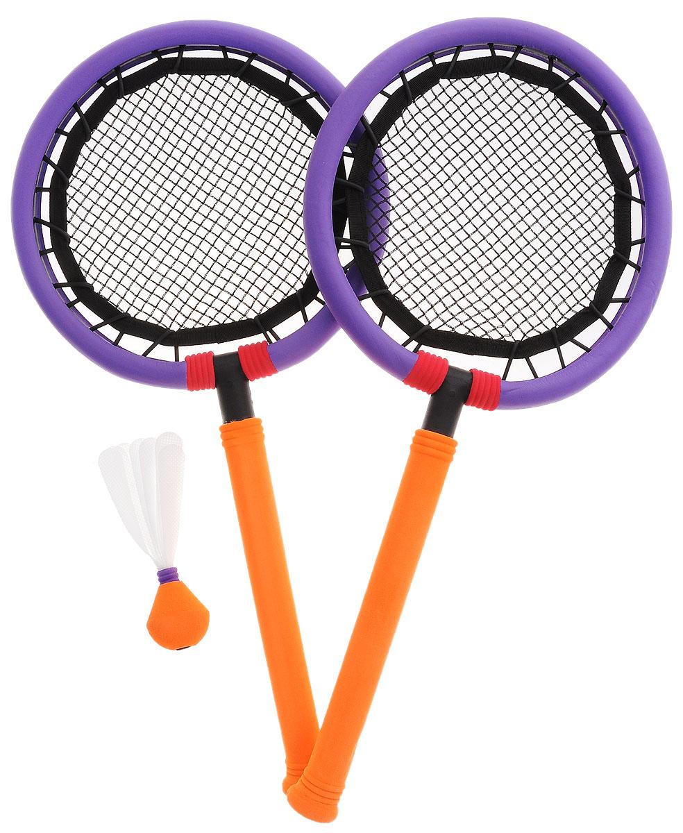 Safsof Набор для игры в бадминтон цвет фиолетовый оранжевыйBSK-03(B)_фиолетовый (кольца), оранжевый (ручки)Набор для игры в бадминтон SafSof включает в себя две ракетки и один волан. Ракетки из вспененной резины с удобными ручками предназначены для детей и подростков. Набор упакован в сумку-чехол, в которой очень удобно брать его с собой на прогулку и в путешествие. Сумка закрывается на застежку-молнию и дополнена регулируемой по длине лямкой для переноски на плече. Яркая расцветка ракеток поднимет ребенку настроение и вдохновит на новые спортивные подвиги. Игра в бадминтон помогает развить координацию движений и равновесие.