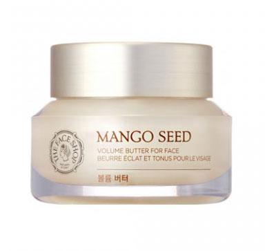 The Face Shop крем для лица Mango Seed Heart Volume, 50 млУТ000001172Увлажняющий крем- масло на основе масла африканского манго и экстракта семян кардиоспермума (также известного как «сердцевидное семя»). Увлажняет и питает на 48 часов. Восстанавливает естественный водный баланс и защитный барьер кожи. Выравнивает тон, предотвращает появление морщин, кожа становится мягкой и нежной. Содержит аденозин, который увеличивает производство коллагена и эластина в коже, уменьшая количество возрастных морщин и разглаживая рельефа кожи.