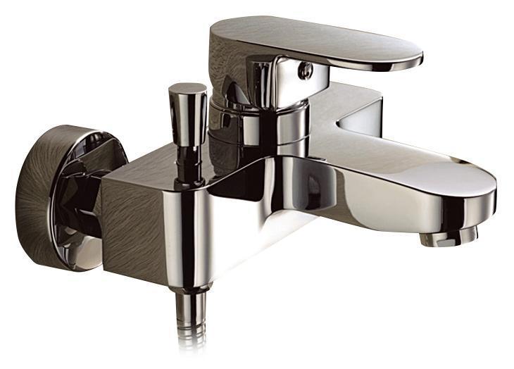 Смеситель для ванны/душа Gro Welle Mandarine. MDR721MDR721Смеситель для ванны и душа Gro Welle Mandarin сочетает в себе отличные эксплуатационные характеристики и оригинальный дизайн. Керамический картридж Sedal 40 мм (Испания) - надежный рабочий элемент, выдерживающий давление более 3,5 Атм. Рассчитан на беспрерывную работу в 150 000 циклов - это примерно 30 лет эксплуатации. Аэратор Neoperl Cascade (США) изготовлен из высококачественного пластика, благодаря чему на нем не образуется налет. Водная струя насыщается воздухом, становится ровной и без брызг. Тело смесителя отлито из высококачественной, безопасной для здоровья пищевой латуни. Хромоникелевое покрытие Crystallight придает изделию яркий металлический блеск и эстетичный внешний вид. Имеет водоотталкивающие свойства, благодаря которым защищает тело смесителя. Устойчив к кислотным и щелочным чистящим средствам. Включение душа происходит вытяжением кнопки, если давление воды падает ниже 0,3 бар, кнопка самостоятельно возвращается в первоначальное положение, и ...