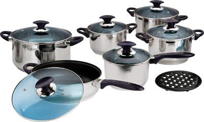 Набор кухонной посуды Calve с антипригарным покрытием, цвет: серебристый, 13 предметовCL-1057Набор кухонной посуды Calve состоит из сковороды, четырех кастрюль, сотейника и бакелитовой подставки. Предметы набора выполнены из нержавеющей стали. Кастрюли, сковорода и сотейник имеют крышки. Изделия имеют удобные ручки эргономичной формы. Надежное крепление ручки гарантирует безопасность использования. Комбинированная крышка из высококачественной нержавеющей стали и жаропрочного стекла позволяет следить за процессом приготовления, не открывая крышки. Специальное отверстие для выхода пара позволяет готовить с закрытой крышкой, предотвращая выкипание. Бакелитовая подставка позволит без опасения поставить изделие на любую поверхность. Зеркальная полировка придает посуде стильный внешний вид. Подходят для газовых, электрических, стеклокерамических и галогенных плит. Можно мыть в посудомоечной машине и использовать в духовом шкафу. В набор входят: - кастрюля с крышкой, диаметр 24 см, объем 6,3 л., - кастрюля с крышкой,...