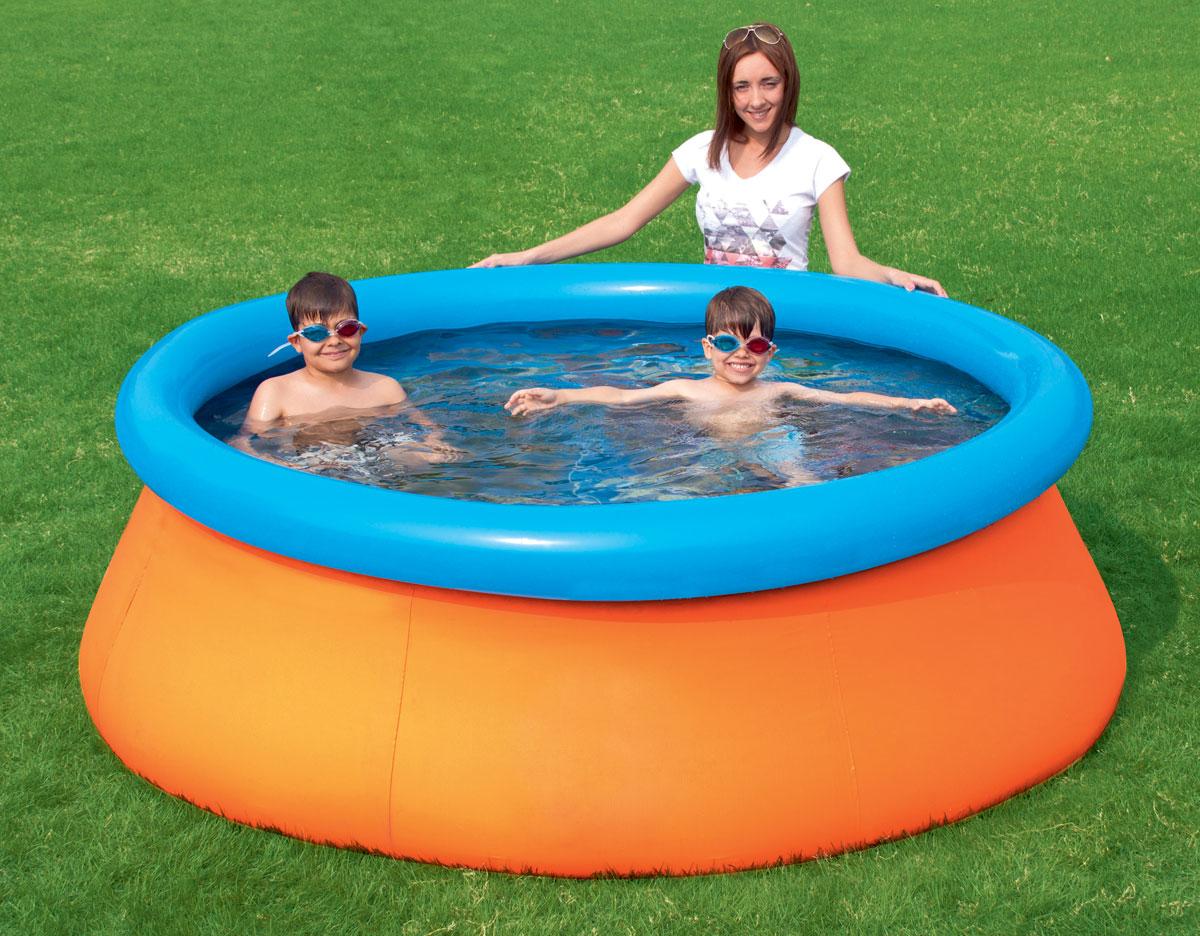 Bestway Бассейн детский, с 3D рисунком, с надувным бортом, 213 х 213 х 66 см57244Надувной детский бассейн Bestway отличается простотой и легкостью. Высокие и широкие мягкие бортики по периметру бассейна обеспечивают максимально комфортное купание. Поддержка бортов осуществляется при помощи надувного кольца, которое поднимается по мере наполнения бассейна и расправляет его стенки. Бассейн имеет яркую расцветку. На внутренней поверхности 3D рисунки (2 пары стереоочков в комплекте). Для установки бассейна нужна плоская, горизонтальная площадка. Время сборки и подключения бассейна не более 10-15 минут. На холодное время года не рекомендуется оставлять бассейн на открытом воздухе. Удобный сливной клапан позволяет присоединить садовый шланг, что дает возможность слить воду в любое место.