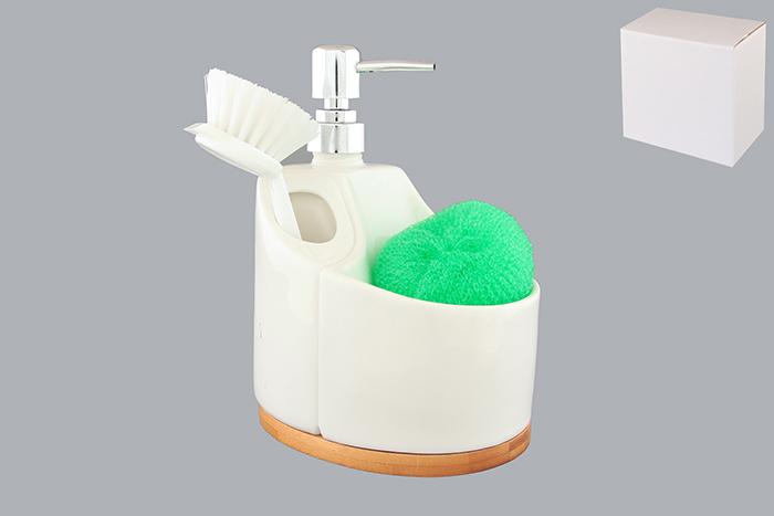 Набор для мытья посуды Elan Gallery Кристалл, 3 предмета540025Набор для мытья посуды Elan Gallery Кристалл состоит из диспенсера, губки и щетки. Диспенсер, изготовленный из высококачественной керамики, оснащен деревянной подставкой и имеет оригинальную форму, на которой размещается губка и щетка для мытья посуды. Щетка, изготовленная прочного пластика, оснащена скребком и специальным крючком для подвешивания. Диспенсер снабжен дозатором, выполненным из пластика под хром. Дозатором очень удобно и просто пользоваться: просто нажмите на него и выдавите необходимое количество средства. Диспенсер подходит для жидкого мыла, моющего средства для мытья посуды, различных лосьонов. Такой набор стильно дополнит интерьер кухни или ванной комнаты и станет замечательным приобретением для любой хозяйки. Размер губки: 8,5 см х 8 см х 2,5 см. Размер рабочей поверхности щетки: 5 см х 4 см. Общая длина щетки: 15,5 см. Длина ворса щетки: 3 см. Размер диспенсера (с учетом дозатора): 13,5 см х 10 см х 17 см. ...