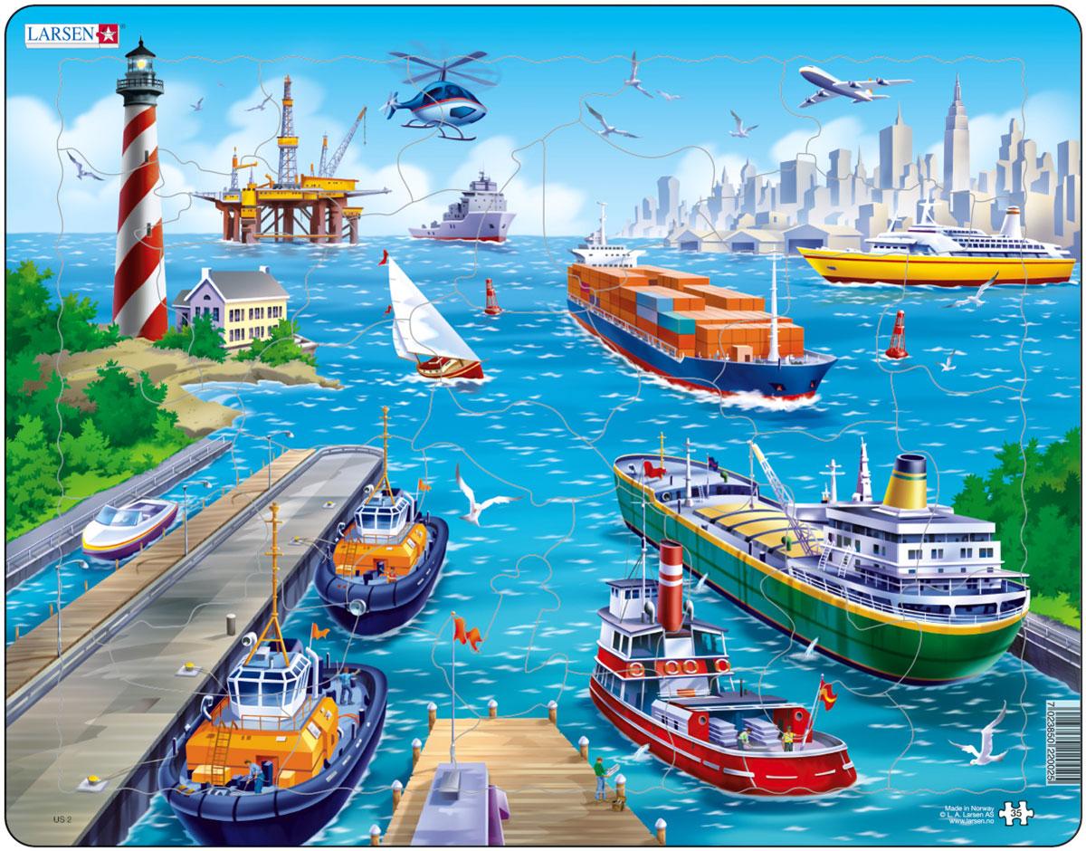 Larsen Пазл ПортUS2Пазлы Ларсен направлены, прежде всего, на обучение. Пазл Larsen Порт познакомит детей с различными видами кораблей. На картинке изображен порт с буксирами, катером, танкером, сухогрузом, круизным лайнером, парусником, нефтяной платформой. Выполненные из высококачественного трехслойного картона, пазлы не деформируются и легко берутся в руки. Все пазлы снабжены специальной подложкой, благодаря чему их удобно собирать. Размер готового пазла: 36,5 см х 28,5 см.