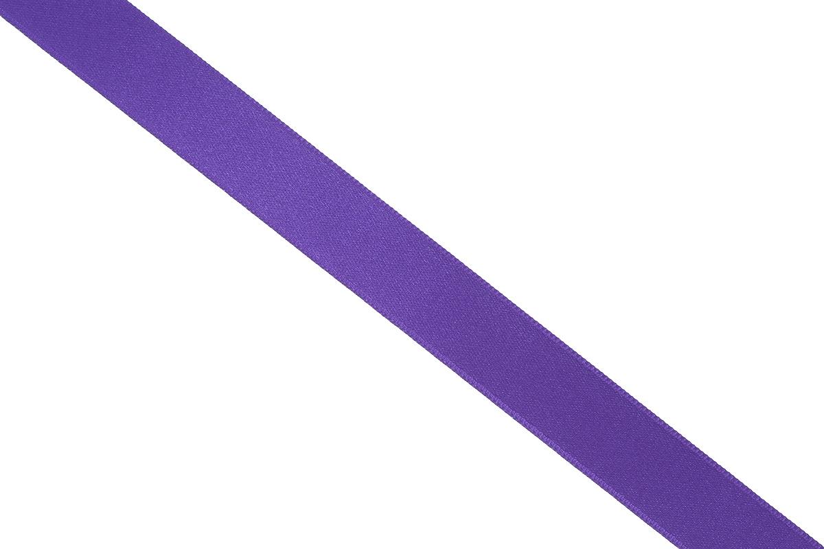 Лента атласная Prym, цвет: фиолетовый, ширина 15 мм, длина 25 м695803_60Атласная лента Prym изготовлена из 100% полиэстера. Область применения атласной ленты весьма широка. Изделие предназначено для оформления цветочных букетов, подарочных коробок, пакетов. Кроме того, она с успехом применяется для художественного оформления витрин, праздничного оформления помещений, изготовления искусственных цветов. Ее также можно использовать для творчества в различных техниках, таких как скрапбукинг, оформление аппликаций, для украшения фотоальбомов, подарков, конвертов, фоторамок, открыток и многого другого. Ширина ленты: 15 мм. Длина ленты: 25 м.