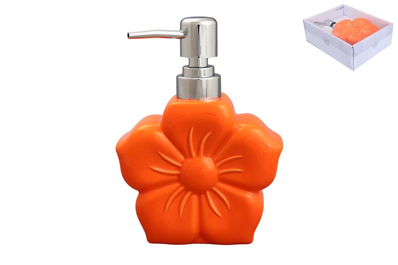Дозатор Elan Gallery Цветок, цвет: оранжевый, 400 мл190006Диспенсер для жидкого мыла Elan Gallery Цветок, изготовленный из высококачественной керамики, имеет оригинальную форму. Диспенсер снабжен губкой для мытья посуды и дозатором. Дозатор выполнен из пластика под хром. Он очень удобен и прост в использовании: просто нажмите на него и выдавите необходимое количество средства. Диспансер подходит для жидкого мыла, моющего средства для мытья посуды, различных лосьонов. Такой диспансер дополнит интерьер кухни или ванной комнаты и станет замечательным приобретением для любой хозяйки. Размер диспенсера (с учетом дозатора): 12 см х 5,5 см х 16,2 см.