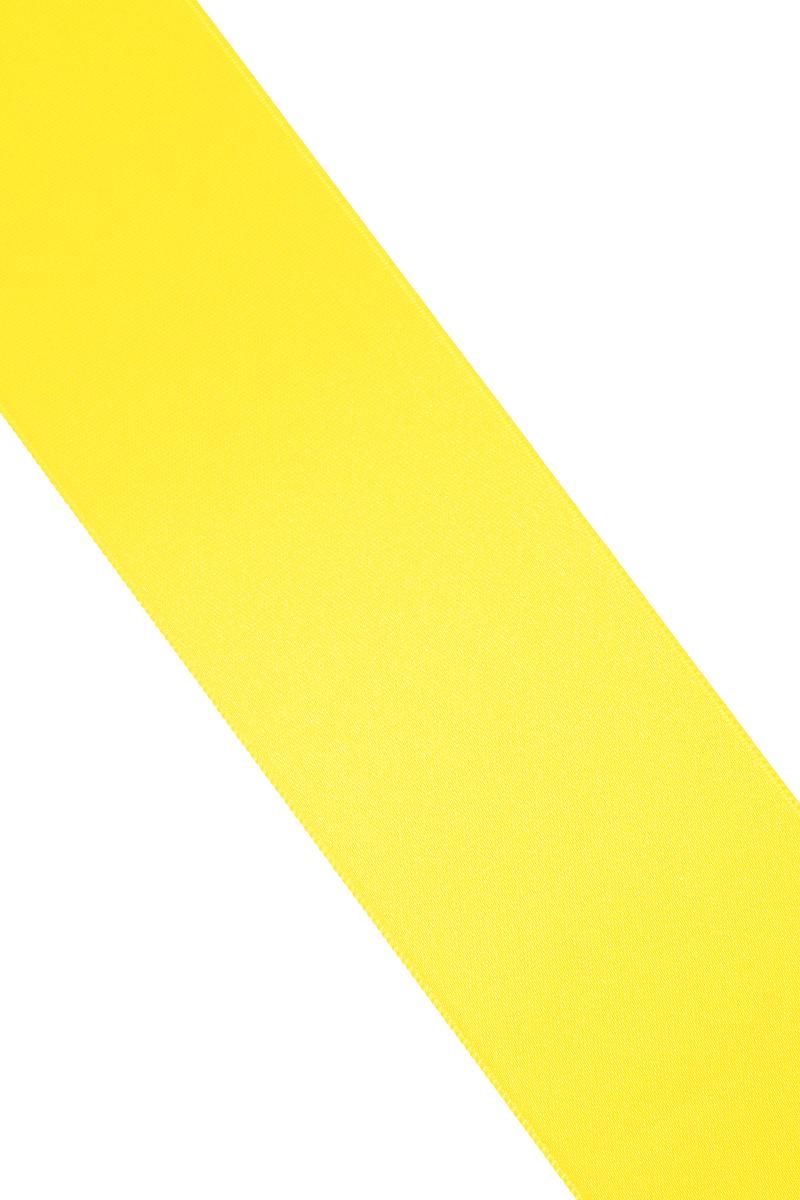 Лента атласная Prym, цвет: желтый, ширина 50 мм, длина 25 м695807_31Атласная лента Prym изготовлена из 100% полиэстера. Область применения атласной ленты весьма широка. Изделие предназначено для оформления цветочных букетов, подарочных коробок, пакетов. Кроме того, она с успехом применяется для художественного оформления витрин, праздничного оформления помещений, изготовления искусственных цветов. Ее также можно использовать для творчества в различных техниках, таких как скрапбукинг, оформление аппликаций, для украшения фотоальбомов, подарков, конвертов, фоторамок, открыток и многого другого. Ширина ленты: 50 мм. Длина ленты: 25 м.