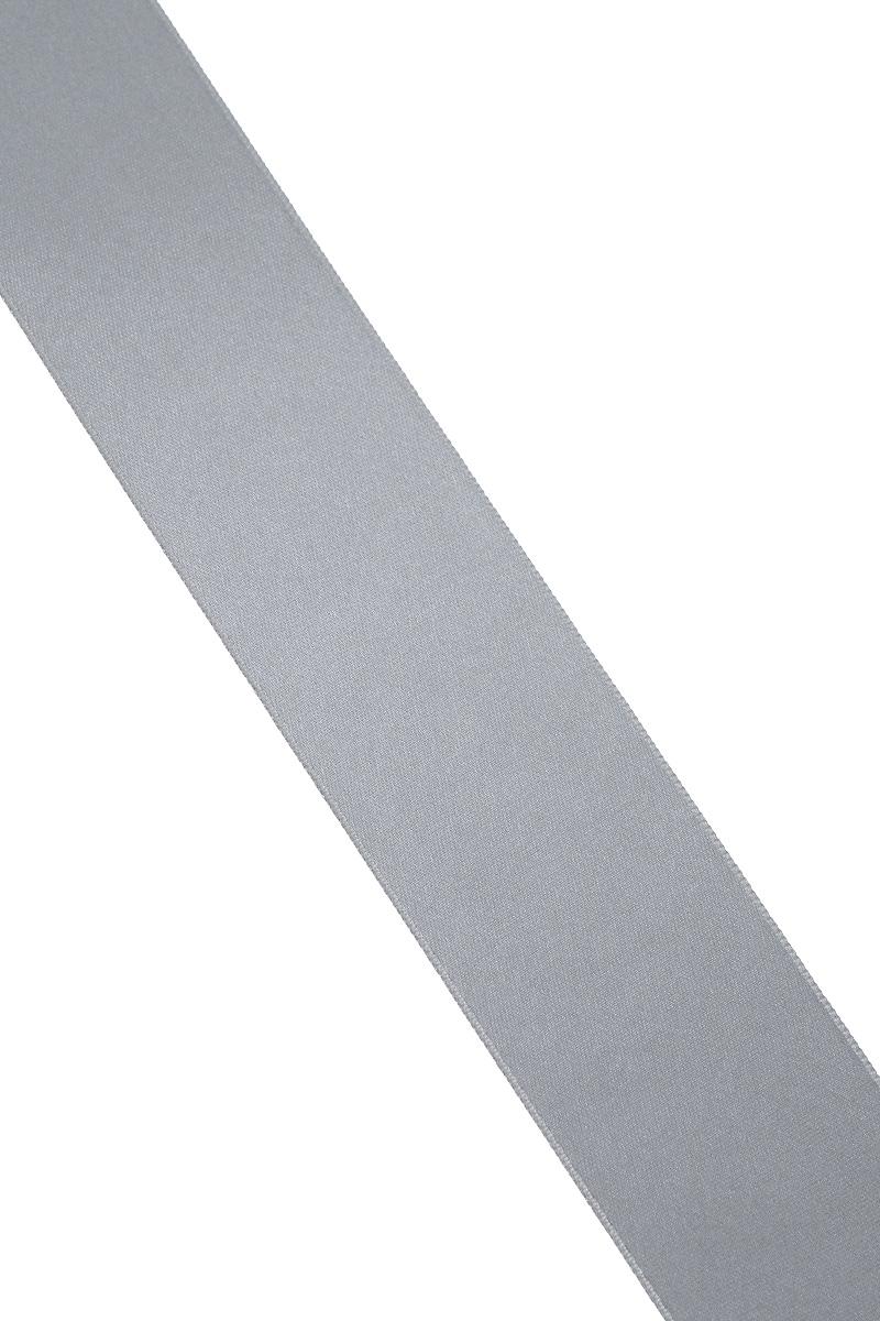 Лента атласная Prym, цвет: серый, ширина 38 мм, длина 25 м695806_2Атласная лента Prym изготовлена из 100% полиэстера. Область применения атласной ленты весьма широка. Изделие предназначено для оформления цветочных букетов, подарочных коробок, пакетов. Кроме того, она с успехом применяется для художественного оформления витрин, праздничного оформления помещений, изготовления искусственных цветов. Ее также можно использовать для творчества в различных техниках, таких как скрапбукинг, оформление аппликаций, для украшения фотоальбомов, подарков, конвертов, фоторамок, открыток и многого другого. Ширина ленты: 38 мм. Длина ленты: 25 м.