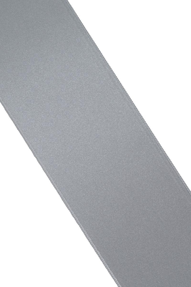 Лента атласная Prym, цвет: серый, ширина 50 мм, длина 25 м695807_2Атласная лента Prym изготовлена из 100% полиэстера. Область применения атласной ленты весьма широка. Изделие предназначено для оформления цветочных букетов, подарочных коробок, пакетов. Кроме того, она с успехом применяется для художественного оформления витрин, праздничного оформления помещений, изготовления искусственных цветов. Ее также можно использовать для творчества в различных техниках, таких как скрапбукинг, оформление аппликаций, для украшения фотоальбомов, подарков, конвертов, фоторамок, открыток и многого другого. Ширина ленты: 50 мм. Длина ленты: 25 м.