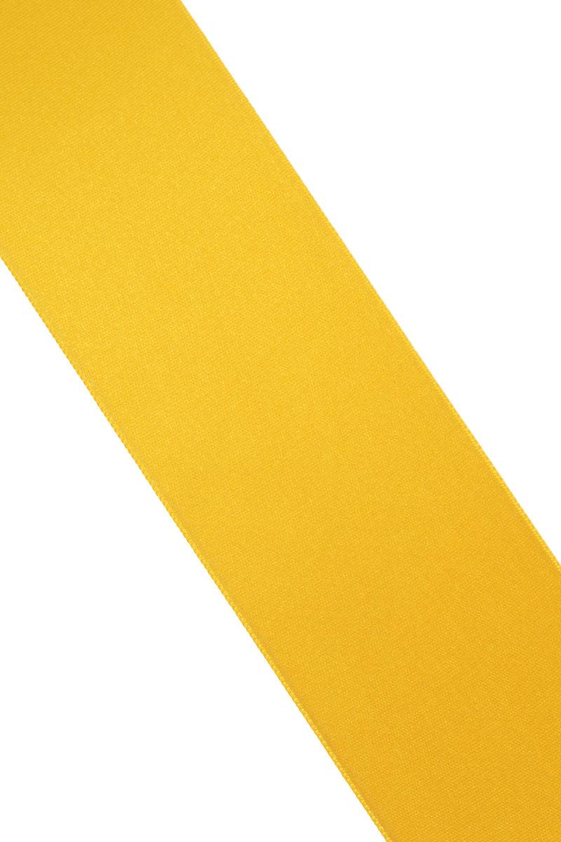 Лента атласная Prym, цвет: золотистый, ширина 50 мм, длина 25 м695807_20Атласная лента Prym изготовлена из 100% полиэстера. Область применения атласной ленты весьма широка. Изделие предназначено для оформления цветочных букетов, подарочных коробок, пакетов. Кроме того, она с успехом применяется для художественного оформления витрин, праздничного оформления помещений, изготовления искусственных цветов. Ее также можно использовать для творчества в различных техниках, таких как скрапбукинг, оформление аппликаций, для украшения фотоальбомов, подарков, конвертов, фоторамок, открыток и многого другого. Ширина ленты: 50 мм. Длина ленты: 25 м.