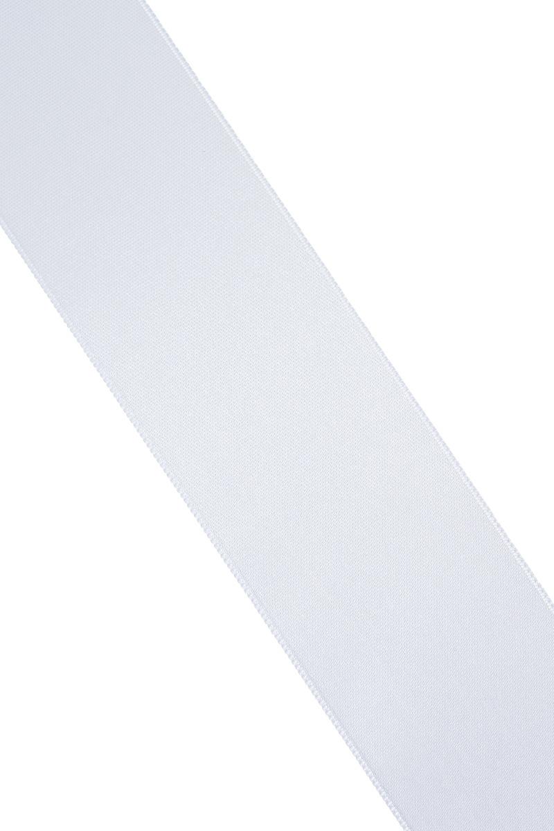 Лента атласная Prym, цвет: серебристый, ширина 38 мм, длина 25 м695806_6Атласная лента Prym изготовлена из 100% полиэстера. Область применения атласной ленты весьма широка. Изделие предназначено для оформления цветочных букетов, подарочных коробок, пакетов. Кроме того, она с успехом применяется для художественного оформления витрин, праздничного оформления помещений, изготовления искусственных цветов. Ее также можно использовать для творчества в различных техниках, таких как скрапбукинг, оформление аппликаций, для украшения фотоальбомов, подарков, конвертов, фоторамок, открыток и многого другого. Ширина ленты: 38 мм. Длина ленты: 25 м.