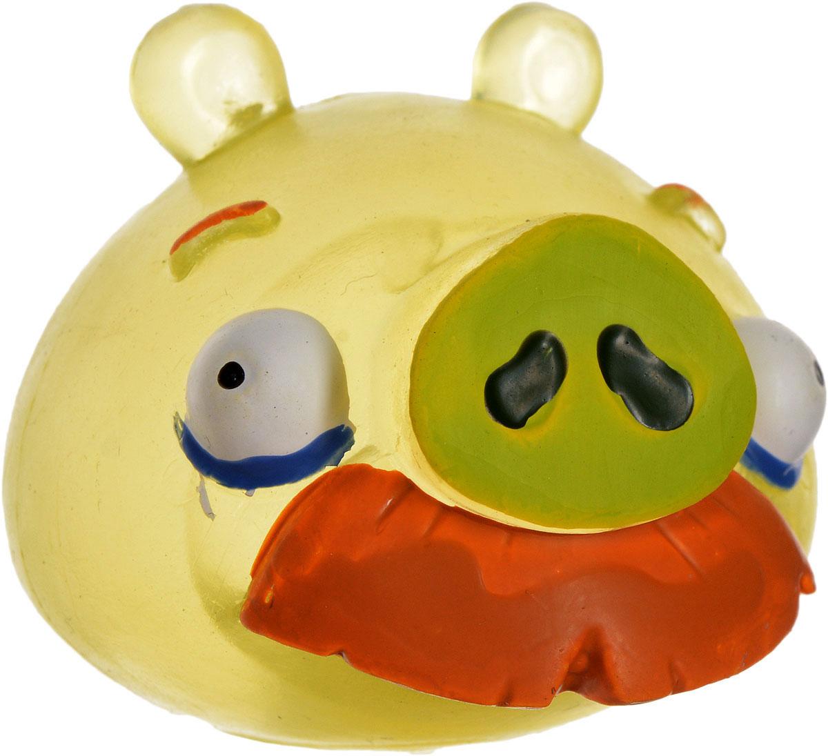 Angry Birds Игрушка-мялка с парашютом Свин с усами50331-0000012-04_свин с усамиДетская игрушка Angry Birds Свин с усами - это игрушка-мялка, выполненная в виде персонажа всеми любимой игры Angry Birds. Игрушка выполнена из мягкой резины, внутри которой находиться жидкий наполнитель, благодаря чему она легко изменяет форму и структуру при приложении к ней физической силы, а затем принимает первоначальный вид. В комплект входит также каска с парашютом, которую можно надеть на игрушку и запустить ее в воздух. Игрушка-мялка с парашютом Свин с усами наверняка понравится вашему малышу. Порадуйте его таким замечательным подарком!