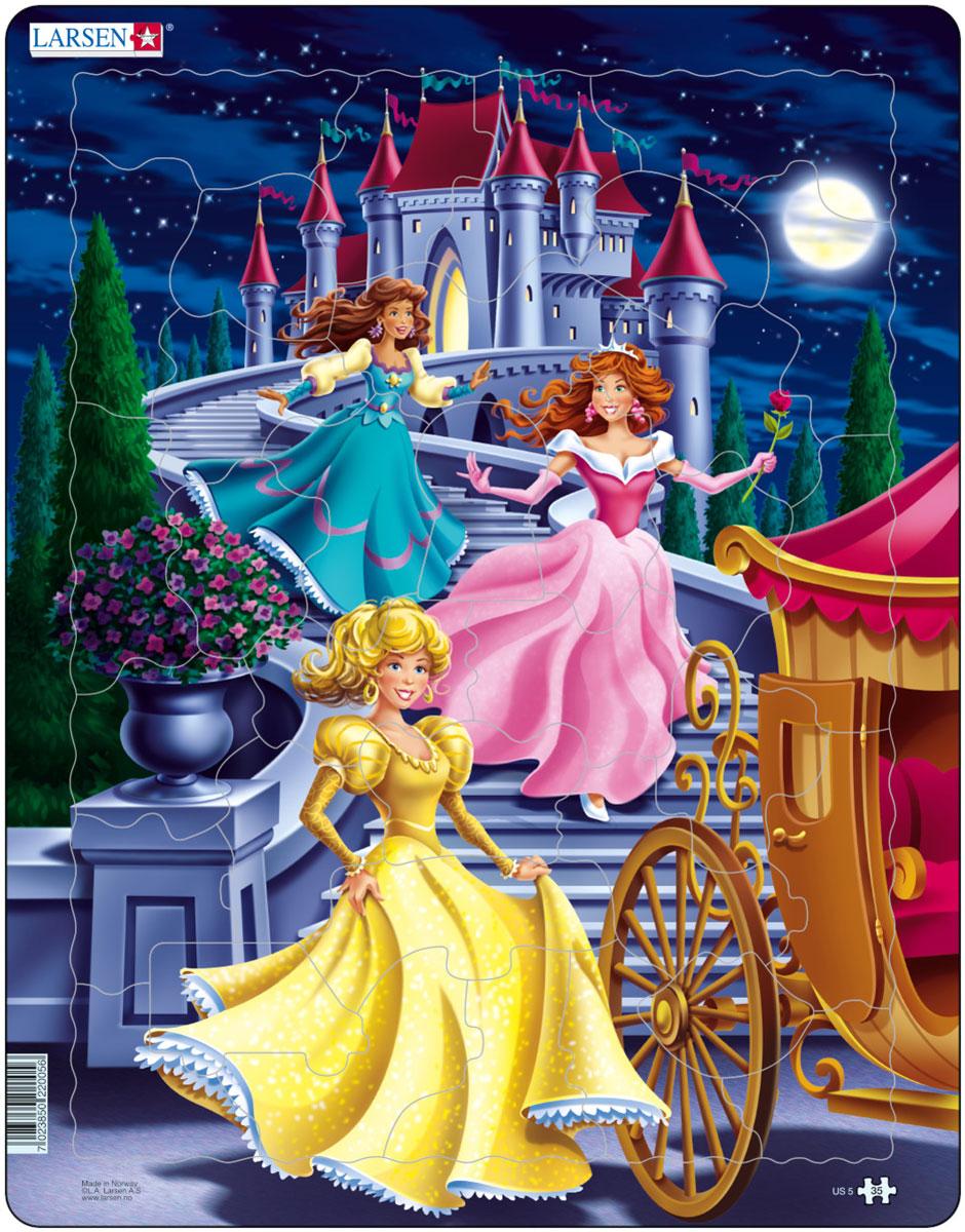 Larsen Пазл Принцессы US5US5Пазл Larsen Принцессы US5 знакомит детей с любимыми персонажами детских сказок - Принцессами. Выполненные из высококачественного трехслойного картона, пазлы не деформируются и легко берутся в руки. Все пазлы снабжены специальной подложкой, благодаря чему их удобно собирать. Размер готового пазла: 36,5 см х 28,5 см.