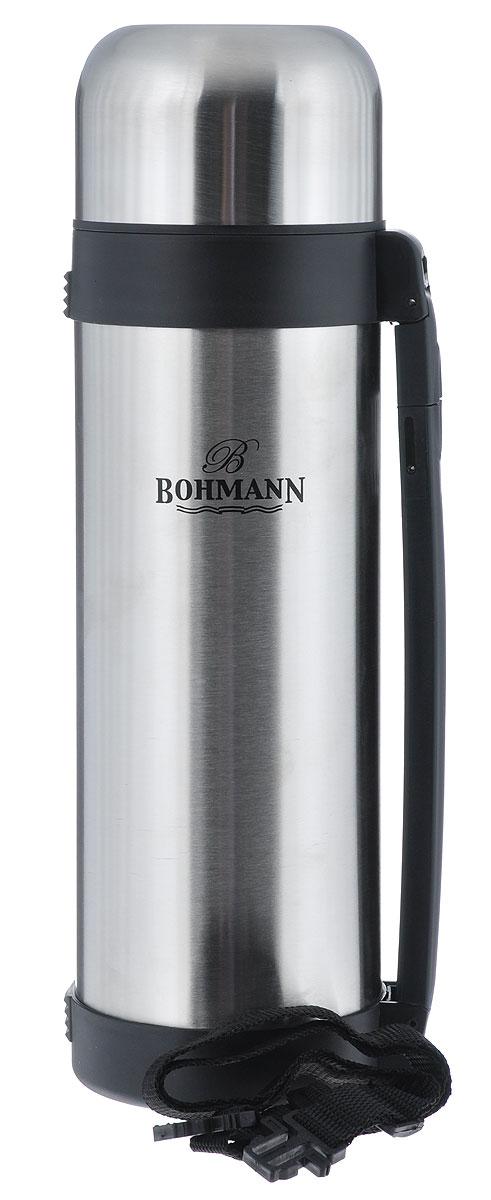 Термос Bohmann, 1,8 л. 4218BH/б/чех4218BH/б/чехДорожный термос Bohmann выполнен из нержавеющей стали с матовой полировкой. Двойные стенки сохраняют температуру до 24 часов. Внутренняя колба выполнена из высококачественной нержавеющей стали. Термос имеет вакуумную прослойку между внутренней колбой и внешней стенкой. Специальная термоизоляционная прокладка удерживает тепло. Термос снабжен плотно прилегающей закручивающейся пластиковой пробкой с нажимным клапаном и укомплектован теплоизолированной крышкой из нержавеющей стали и пластиковой чашкой. Для того чтобы налить содержимое термоса нет необходимости откручивать пробку. Достаточно надавить на клапан, расположенный в центре. Изделие оснащено эргономичной ручкой и съемным ремнем для удобной переноски. Легкий и удобный, термос Bohmann станет незаменимым спутником в ваших поездках. Размер термоса (с учетом крышки): 10,5 см х 11 см х 35,5 см. Диаметр крышки (по верхнему краю): 6 10,5 см. Диаметр чашки (по верхнему краю): 9,5 см. ...
