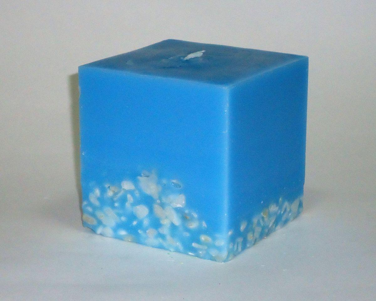 Свеча декоративная PROFFI HOME Квадрат 9,5х9,5х9,5 (с камешками),цвет: голубойPH5910