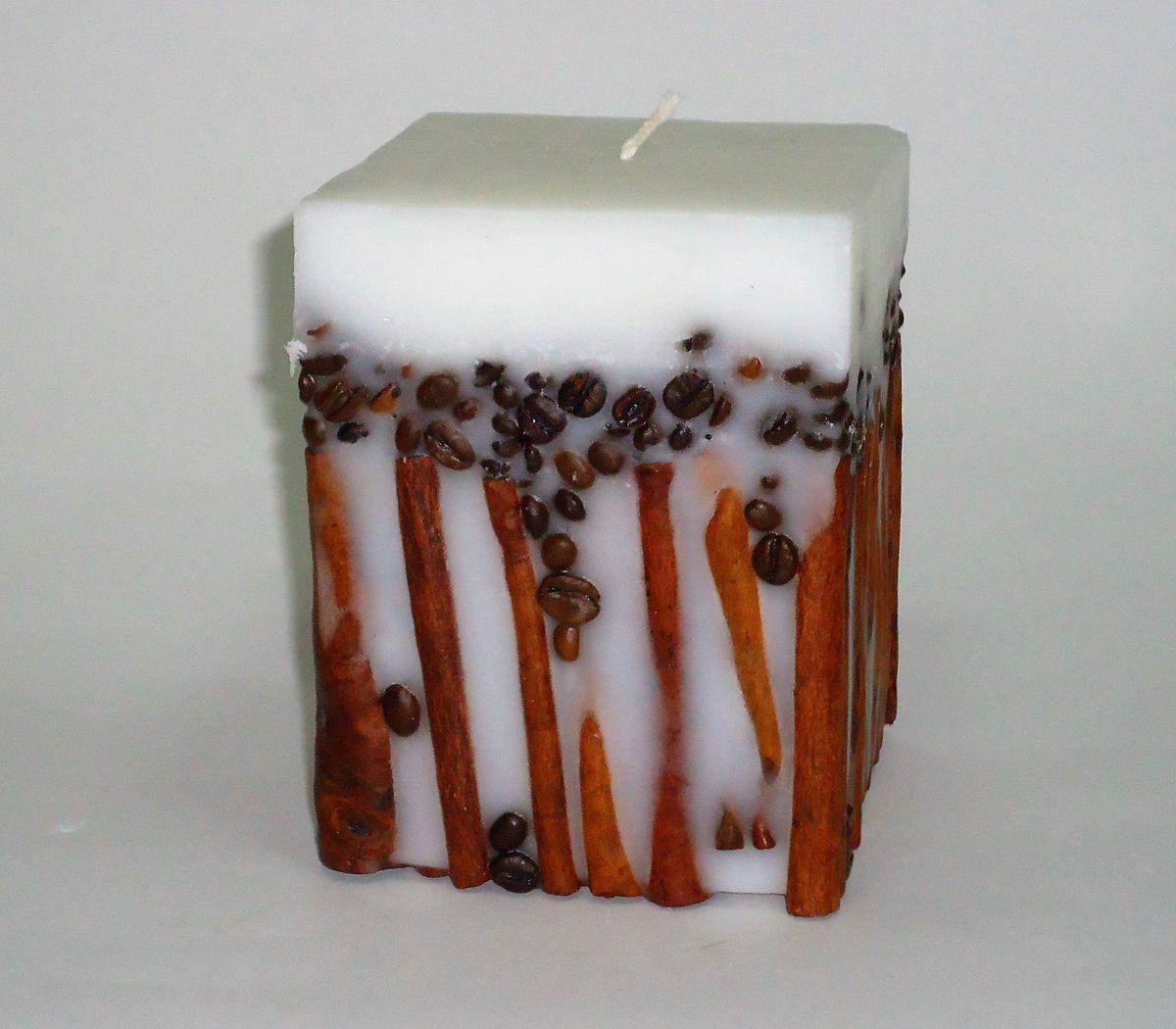 Свеча декоративная PROFFI HOME Квадрат 12х9,5х9,5 (с корицей и кофе), цвет: белыйPH5912