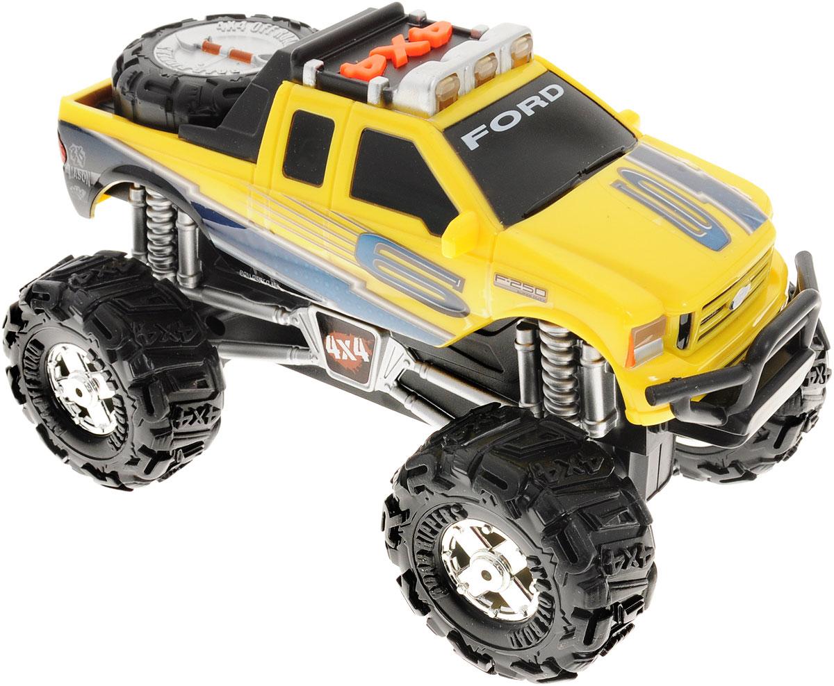 Toystate Машинка Ford F-250 Super Duty33700TS_желтыйЯркая машинка Toystate Ford F-250 Super Duty со звуковыми и световыми эффектами, несомненно, понравится вашему ребенку и не позволит ему скучать. Игрушка выполнена в виде автомобиля Ford F-250 Super Duty на огромных колесах. При нажатии на кнопки, расположенные на крыше, светятся бортовые огни автомобиля, воспроизводятся звуки двигателя и клаксона, играет заводная музыка, машинка едет вперед или назад. Машинка оснащена инерционным механизмом. Ваш ребенок часами будет играть с машинкой, придумывая различные истории и устраивая соревнования. Порадуйте его таким замечательным подарком! Для работы игрушки необходимы 3 батарейки типа АA (товар комплектуется демонстрационными).