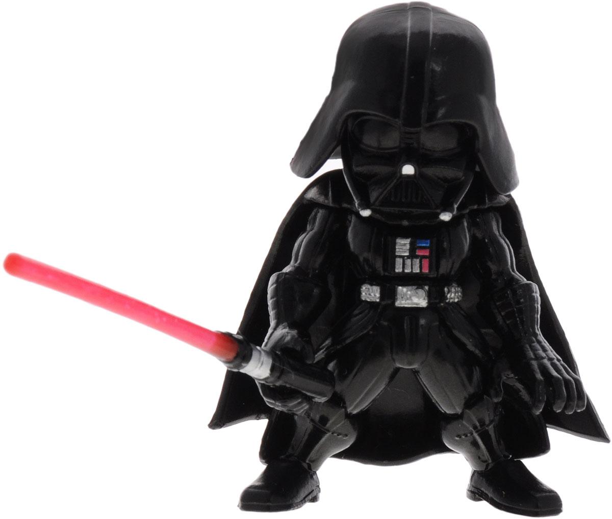 Star Wars Фигурка Дарт Вейдер84626Сборная фигурка Star Wars Дарт Вейдер поможет вам и вашему ребенку придумать увлекательное занятие на долгое время. Модель представляет Главнокомандующего силами Империи, Черного Лорда Сикхов - Дарт Вейдера в характерных черных доспехах и шлеме. Фигурка имеет подвижные руки и ноги и вооружена красным световым мечом. Благодаря небольшому размеру ( 5,5 см. в высоту) и хорошей деталировке она прекрасно подходит и для игры, и для коллекционирования на полке. Как и вся продукция фирмы Bandai, модель выполнена из качественных материалов и лицензирована фирмами правообладателями, что гарантирует ее высокое качество и аутентичность. Процесс сборки развивает интеллектуальные и инструментальные способности, воображение и конструктивное мышление, а также прививает практические навыки работы со схемами и чертежами.