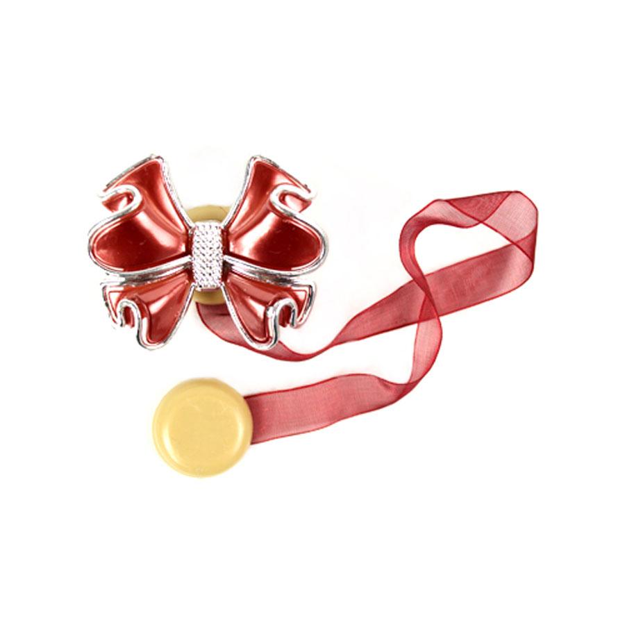 Клипса-магнит для штор Астра, цвет: коричневый, 2 шт. 77134147713414_8134 коричневыйКлипса-магнит Астра, изготовленная из акрила и текстиля, предназначена для придания формы шторам. Изделие представляет собой два магнита, расположенные на разных концах текстильной ленты. Один из магнитов оформлен декоративным цветком. С помощью такой магнитной клипсы можно зафиксировать портьеры, придать им требуемое положение, сделать складки симметричными или приблизить портьеры, скрепить их. Клипсы для штор являются универсальным изделием, которое превосходно подойдет как для штор в детской комнате, так и для штор в гостиной. Следует отметить, что клипсы для штор выполняют не только практическую функцию, но также являются одной из основных деталей декора этого изделия, которая придает шторам восхитительный, стильный внешний вид. Размер декоративного элемента: 6 см х 5 см х 1,5 см. Диаметр магнита: 2 см. Длина ленты: 28 см.