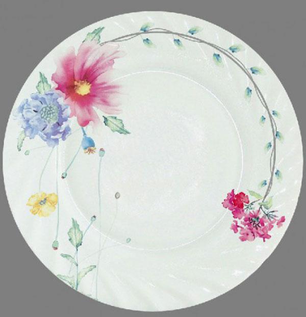 Тарелка обеденная Chinbull Флоренция, диаметр 23 смHP-90/6646Обеденная тарелка Chinbull Флоренция, изготовленная из высококачественной стеклокерамики, украшена ярким цветочным рисунком. Изящный дизайн придется по вкусу и ценителям классики, и тем, кто предпочитает утонченность. Тарелка Chinbull Флоренция идеально подойдет для сервировки стола и станет отличным подарком к любому празднику. Диаметр (по верхнему краю): 23 см.