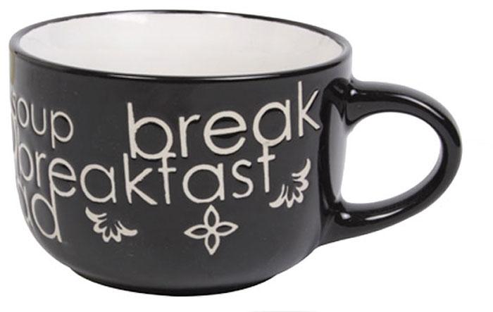 Чашка Wing Star Breakfast, цвет: черный, белый, 460 млLJ1061JM_черный, белыйЧашка Wing Star Breakfast изготовлена из керамики и украшена надписями Breakfast и Soup. Wing Star - качественная керамическая посуда из обожженной, глазурованной снаружи и изнутри глины с оригинальными рисунками. При изготовлении данной посуды широко используется рельефный способ нанесения декора, когда рельефная поверхность подготавливается в процессе формовки и изделие обрабатывается с уже готовым декором. Благодаря этому достигается эффект неровного на ощупь рисунка, как бы утопленного внутрь глазури и являющегося его естественным элементом. Диаметр (по верхнему краю): 11 см.