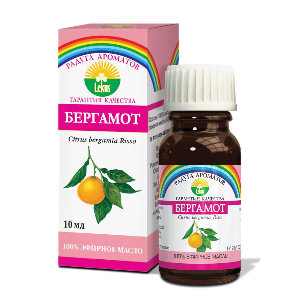 Радуга ароматов Бергамот масло эфирное, 10 мл918Обладает общеукрепляющим и антисептическим действием. Мощное противовирусное средство, эффективно при гриппе. Используется для лечения респираторных инфекций, сопровождающихся затрудненным дыханием (тонзиллит, бронхит и даже туберкулез). Быстро и эффективно снижает повышенную температуру. Нормализует артериальное давление. Незаменимое антисептическое средство при воспалениях мочевыводящих путей, особенно результативно при цистите и уретрите. Благоприятно влияет на пищеварительный процесс, избавляет от неприятных ощущений при диспепсии, скоплении газов, коликах, несварении. Возбуждает аппетит. Хорошо помогает при лечении кожных заболеваний: экземы, псориаза, прыщей, чесотки, герпеса, себореи. Прекрасно воздействует на центральную нервную систему при эмоциональном истощении. Формы применения: Массаж: 3-7 капель на 15 г основы, ванны: 4-7 капель, аромолампы: 3-7 капель, обогащение косметических средств: 1-5 капель на 15 г основы.