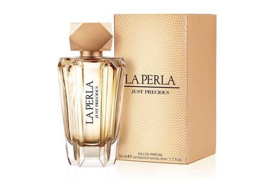 LA PERLA JUST PRECIOUS WOMAN парфюмированная вода 100МЛ12506Цветочные, цитрусовые. Бергамот, мандарин, цветок апельсина, ваниль, пачули, сандаловое дерево, янтарь, иланг-иланг, пион