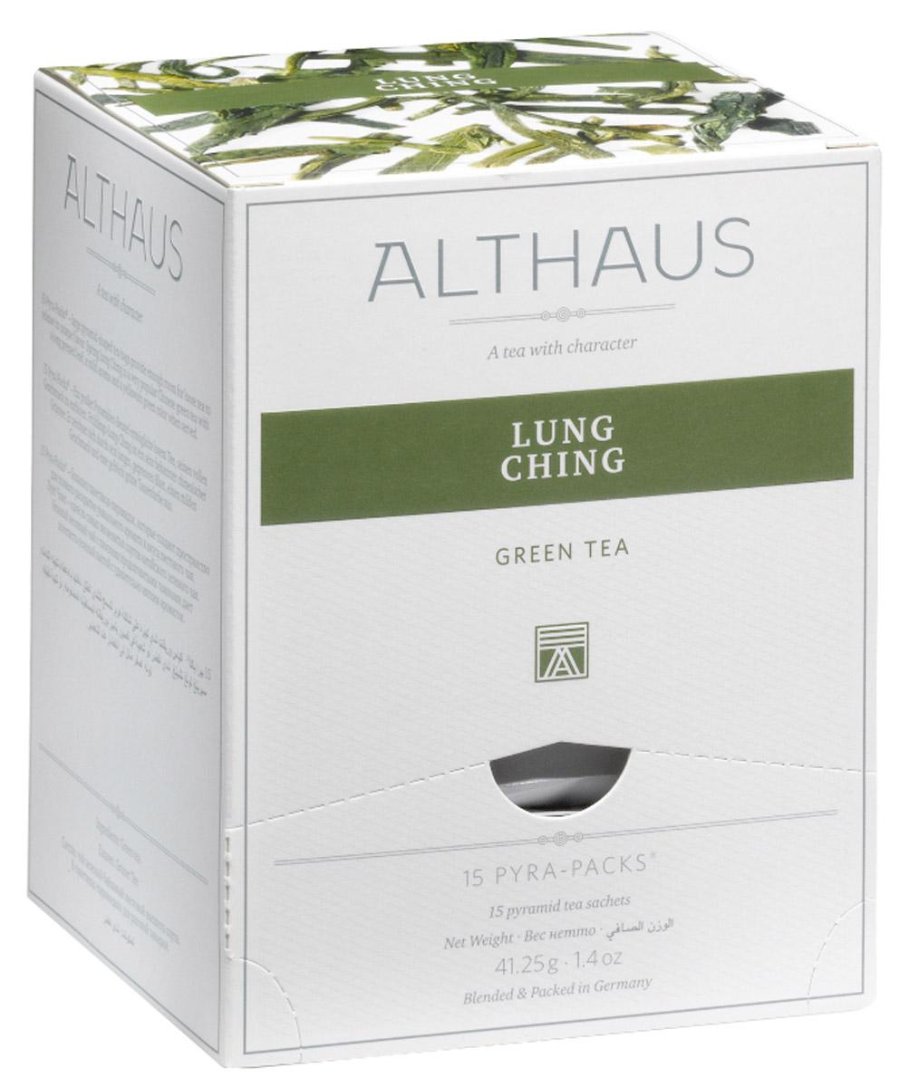 Althaus Lung Ching чай зеленый в пирамидках, 15 штTALTHL-L00144Чай Althaus Lung Ching радует глаз теплыми желтоватыми переливами. Сухой лист рождает соблазнительную сладко-табачную нотку, в которой чувствуется свежесть весенних чайных почек, мягкие ореховые полутона и благоухание фруктового сада. В заваренном чае палитра ароматов становится еще сложнее, в ней появляется легкая сливочность и едва заметная цветочность. Во вкусе травянистая доминанта смягчается жареными ореховыми оттенками и подчеркивается практически неуловимой, нежной сладостью лакрицы. Pyra-Pack - это коллекция из 13 купажей, в которую вошли лучшие сорта высококачественного листового чая, а также отборные смеси из цельных кусочков фруктов, ягод, цветочных лепестков, целебных трав. Pyra-Pack представляет собой инновационный вариант высокотехнологичной упаковки - нейлоновые пирамидки: Пакетики в форме пирамидок создают пространство для свободного распределения чаинок, тем самым повышая степень и скорость экстракции чая. Нейлон обладает...