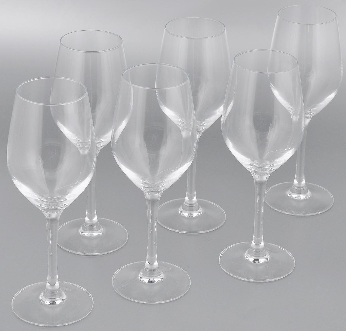 Набор фужеров для вина Luminarc Hermitage, 270 мл, 6 штH2601Набор Luminarc Hermitage состоит из шести фужеров, выполненных из прочного стекла. Изделия оснащены высокими ножками. Фужеры предназначены для подачи вина. Они сочетают в себе элегантный дизайн и функциональность. Благодаря такому набору пить напитки будет еще вкуснее. Набор фужеров Luminarc Hermitage прекрасно оформит праздничный стол и создаст приятную атмосферу за романтическим ужином. Такой набор также станет хорошим подарком к любому случаю. Диаметр фужера (по верхнему краю): 5,5 см. Высота фужера: 20,5 см.