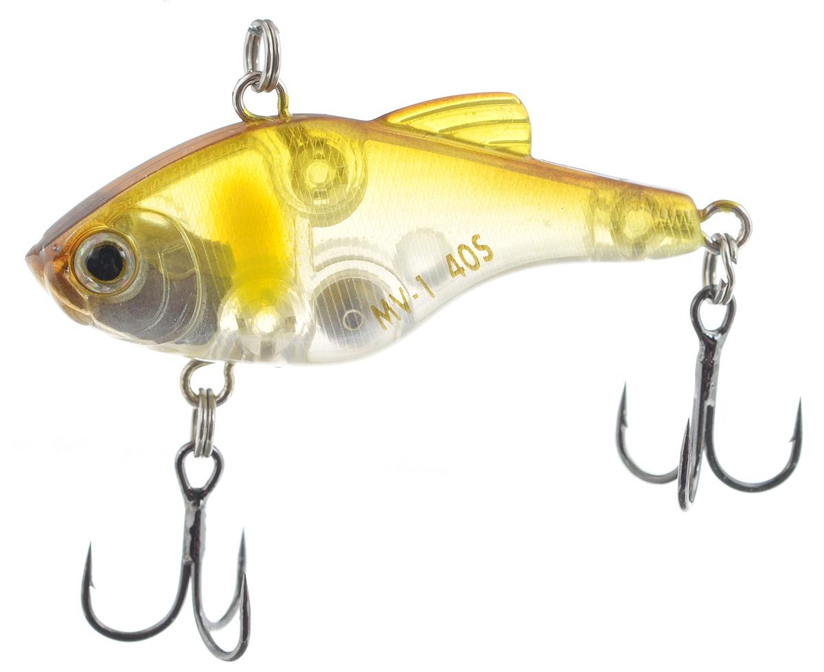 Воблер Maria MV-1 Vibration 40, тонущий, цвет: желтый, прозрачный, 4 см, 4,8 г22764Пластиковый раттлин Maria MV-1 Vibration 40 обладает рядом качеств, с которыми не могут соперничать металлические. Область применения данного воблера практически такая же, как у глубоководного крэнка. Фактически, его можно назвать безлопастным крэнком. Способность ловить рыбу как на глубине, так и в мелких местах делает Maria MV-1 Vibration 40 универсальной приманкой. Ведите его с паузами или дайте ему опуститься на дно и используйте проводку с подергиванием. Дальнобойность и неотразимая игра делают его идеальной поисковой приманкой. Глубина: 3 м.