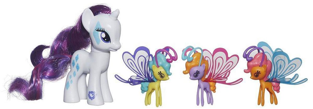 My Little Pony Игровой набор Rarity Делюкс с волшебными крыльямиB0358EU4_ B3014Фигурка My Little Pony Rarity непременно понравится вашей малышке. Она выполнена из безопасного пластика в виде симпатичной пони с красивыми большими глазами, длинной гривой и хвостом. В комплект входят три маленькие яркие пони с волшебными прозрачными крылышками. Пони готовы играть не только на земле, но и в воздухе! Игры с пони поспособствуют развитию у ребенка фантазии и любознательности, помогут овладеть навыками общения, воспитают чувство ответственности и заботы. Благодаря маленькому размеру фигурки ребенок сможет взять ее с собой на прогулку или в гости. Порадуйте свою малышку таким замечательным подарком!
