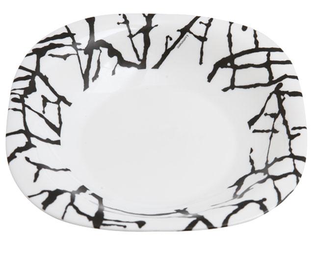 Тарелка глубокая Luminarc Dripping White, 21 см х 21 смG9648Глубокая тарелка Luminarc Dripping White выполнена из ударопрочного стекла и украшена оригинальным узором. Изделие сочетает в себе изысканный дизайн с максимальной функциональностью. Она прекрасно впишется в интерьер вашей кухни и станет достойным дополнением к кухонному инвентарю. Тарелка Luminarc Dripping White подчеркнет прекрасный вкус хозяйки и станет отличным подарком. Размер тарелки (по верхнему краю): 21 см х 21 см.