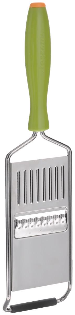 Терка для нарезки овощей решеткой Tescoma Presto Carving422054Терка для нарезки овощей решеткой Tescoma Presto Carving предназначена для создания тонких рифленых решетчатых ломтиков из огурцов, моркови, редиса, картофеля и других овощей. Терка выполнена из нержавеющей стали, оснащена удобной пластмассовой ручкой. Основание снабжено нескользящей резиновой накладкой. Можно мыть в посудомоечной машине. Ширина лезвия: 5 см. Длина терки: 26 см.