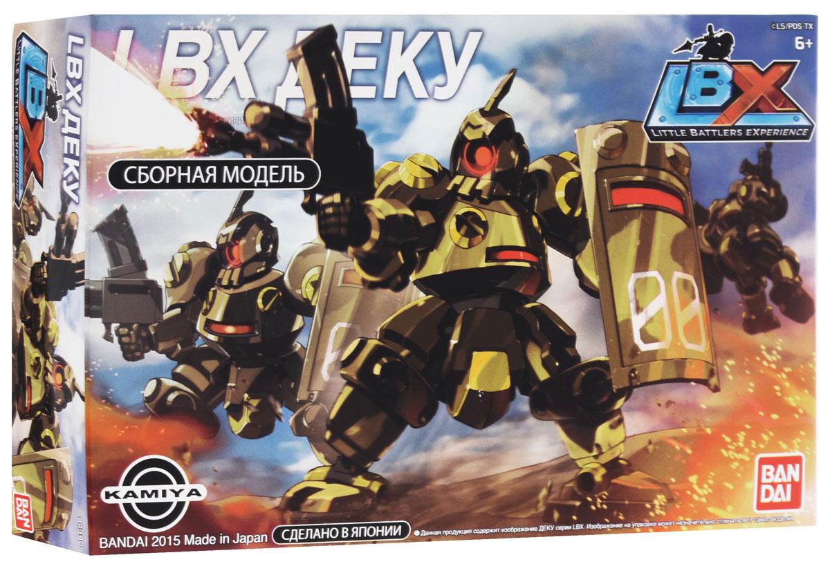 LBX Сборная модель Деку84390Сборные модели LBX созданы по мотивам мультсериала Битвы Маленьких Гигантов. Все роботы прекрасно детализированы и ярко оформлены. Их можно использовать не только для игры, но и как коллекционные фигурки. Робот LBX Деку является секретным изобретением Камия, тип экипировки - Драчун. Деку гармоничный робот, он может применяться в разных боевых ситуациях. Чтобы собрать робота, не нужно использовать клей и дополнительные инструменты - достаточно просто соединять детали, вставляя крепления в специальные пазы. Набор состоит из нескольких цветных пластин с встроенными мелкими деталями, которые легко выталкиваются пальцами и по инструкции соединяются между собой в мифического героя-робота.