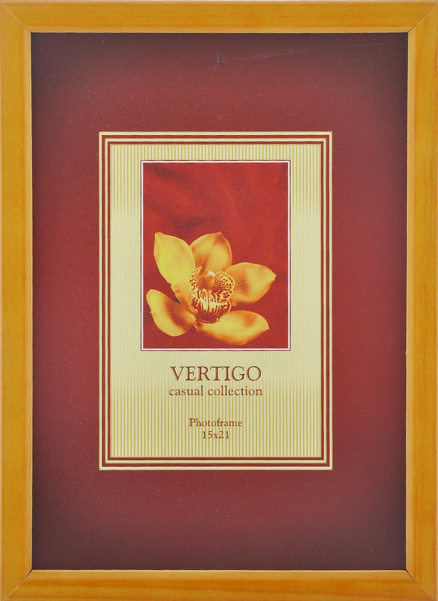 Фоторамка Vertigo Liguria, цвет: светло-коричневый, 15 см х 21 см12177 WF-014/177Фоторамка Vertigo Liguria выполнена в классическом стиле из натурального дерева и стекла, защищающего фотографию. Оборотная сторона рамки оснащена специальной ножкой, благодаря которой ее можно поставить на стол или любое другое место в доме или офисе. Также на изделие имеются два специальных отверстия для подвешивания. Такая фоторамка поможет вам оригинально и стильно дополнить интерьер помещения, а также позволит сохранить память о дорогих вам людях и интересных событиях вашей жизни. Размер фотографии: 15 см х 21 см.