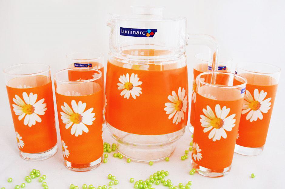 Набор для напитков Luminarc Paquerette Melon, 7 предметовG1980Набор Luminarc Paquerette Melon состоит из кувшина и 6 стаканов, изготовленных из высококачественного стекла. Изделия выполнены в оригинальном дизайне и украсят любой праздничный стол. Благодаря такому набору пить напитки будет еще вкуснее. Набор Luminarc Paquerette Melon станет также отличным подарком на любой праздник. Высота кувшина (без учета крышки): 20,5 см. Объем кувшина: 1,6 л. Диаметр кувшина (по верхнему краю): 10,3 см. Высота стакана: 13,5 см. Объем стакана: 270 мл. Диаметр стакана по верхнему краю: 6 см.