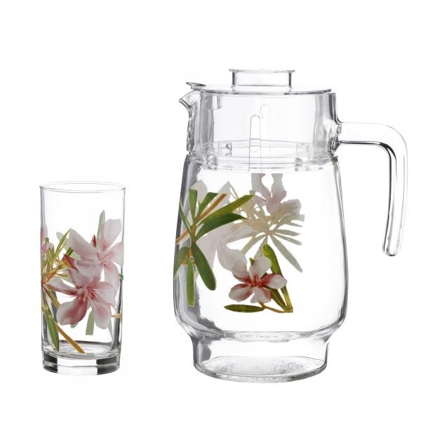 Набор питьевой Luminarc Freesia, 7 предметовG8279Питьевой набор Luminarc Freesia, состоит из 6 стаканов и кувшина с пластиковой крышкой. Изделия выполнены из высококачественного прочного стекла и декорированы красивым цветочным рисунком. Набор прекрасно подходит для сока, воды, лимонада и других напитков. Изделия устойчивы к повреждениям и истиранию, в процессе эксплуатации не впитывают запахи и сохраняют первоначальные краски. Можно мыть в посудомоечной машине. Объем кувшина: 1,6 л. Объем стакана: 300 мл.